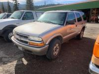 2002 Chevy Blazer 4x4, 4.3 Liter V6 Vortec, Automatic, am/fm CD, ac, Cruise, Power Doors windows and mirrors, 165091 miles, vin 1Gndt13w92k201411