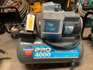 DeVilbiss 125psi 12 Gallon Air Compressor, model Pro4000