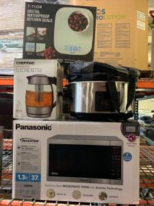 Panasonic Microwave Oven. Chefman Electric kettle Crock-Pot 7Q Taylor Digital waterproof Kitchen Scale