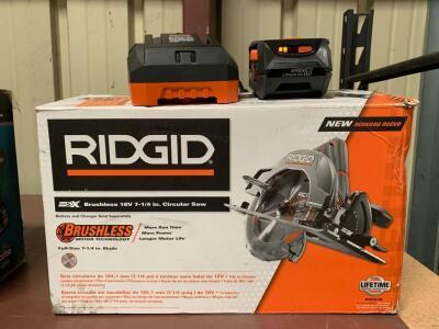 "Rigid 18V 7 ¼"" Circular Saw, includes Battery and Charger"