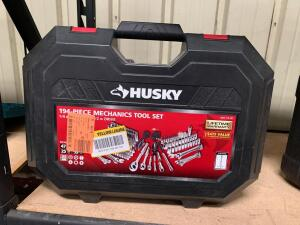 Husky 194pc Mechanics Tool Set