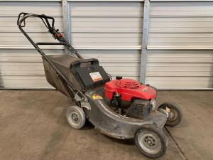 Honda Commercial Hydrostatic Mower, NOTE: Missing (1) Rear Tire