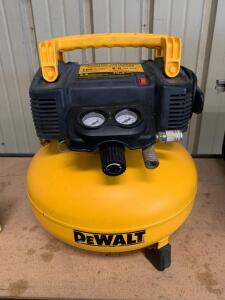 DeWalt 6 Gallon 165psi Pancake Air Compressor