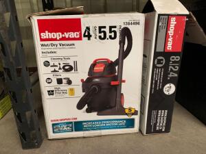 Shop Vac 4 Gallon Wet/ Dry Vac with extra 8ft Hose