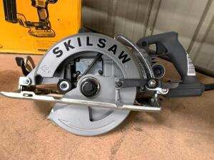 Skilsaw 7 1/4in Worm Drive Saw