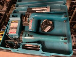 Makita 9.6V Circular Saw and Light, Includes Battery and Charger