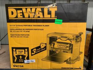 DeWalt 121/2in Portable Thickness Planer, dw734, inv #c4190